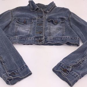 Women's Star Denim Blue-jean Jacket  Size Medium💕